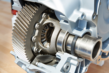 Gear of main drive in automatic transmission in section