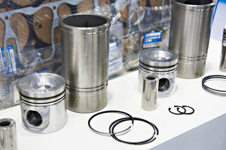 Engine spare parts: pistons, rings and cylinder liners in store