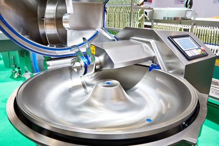 Bowl cutter for the production of sausage minced meat