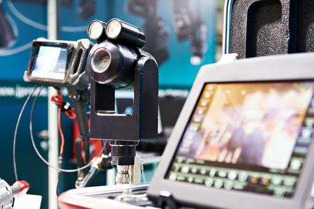 Video-Endoskop. System der visuellen Inspektion und der Inspektion von Behältern, Tanks, Rohrleitungen