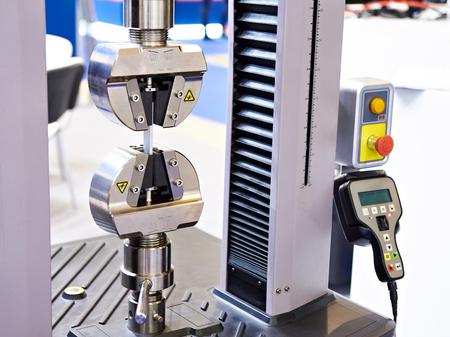 Universal electromechanical testing tensile machine