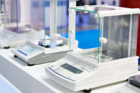 Laboratory industrial scales