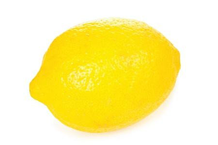 jus de citron: Citron isol� sur fond blanc