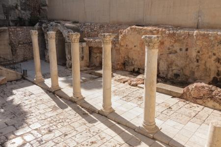 jewish quarter: Cardo street, ancient street in Jerusalem, Israel