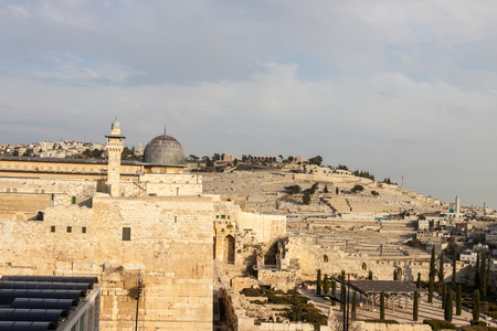 mount of olives: Mount Olives and dome of mousque of Al-aqsa in Jerusalem