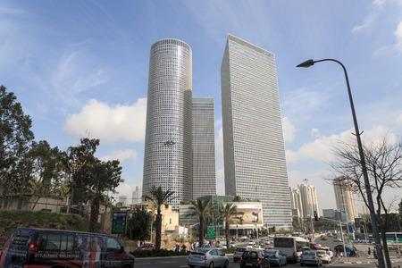 azrieli: TEL-AVIV, ISRAEL - JANUARY 22, 2016: Traffic near Azrieli Center in Tel Aviv
