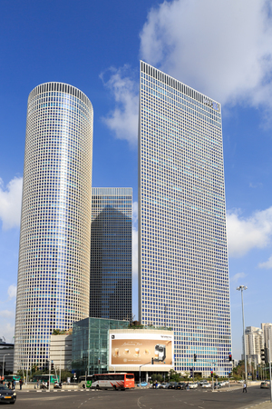azrieli: TEL-AVIV, ISRAEL - JANUARY 22, 2016: View on Azrieli Center in Tel Aviv view from western side Editorial