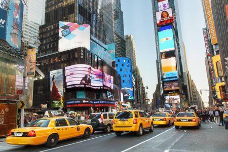 Ciudad de Nueva York, Taxi amarillo en Times Square
