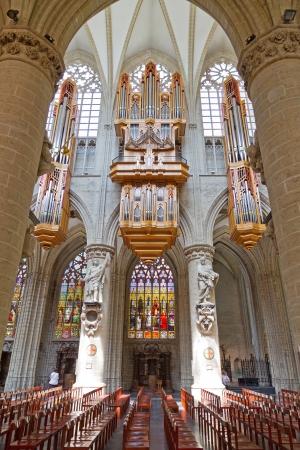 Church organ Stock Photo - 14485396