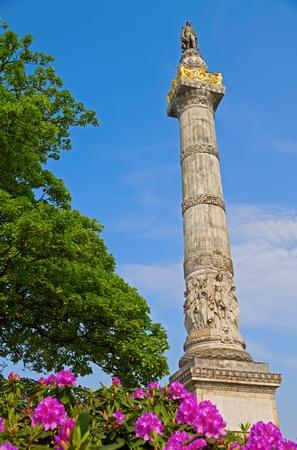leopold: Leopold Statue