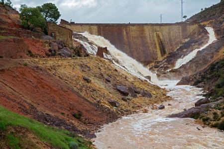 Dam Фото со стока - 19334384