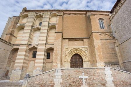 colonisation: Grandangolo di Convento di Santa Clara a Tordesillas, facciata