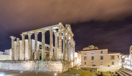diana: Night view of Temple of Diana in Merida, wide angle Stock Photo