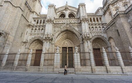 ''wide angle'': Side view of Toledo Cathedral, wide angle, Spain Stock Photo