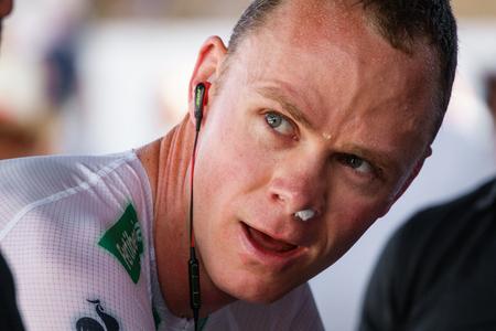 JAVEA - 9 september: Chris Froome opwarmt voor de beslissende tijdrit etappe van La Vuelta op 9 september 2016 in Alicante, Spanje Redactioneel