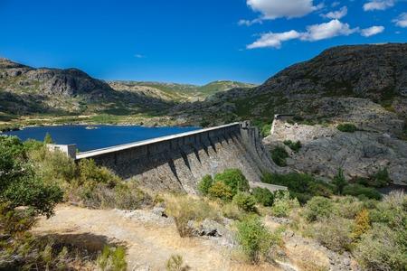 tera: Closeup view of Vega de Tera collapsed dam in Sanabria, Zamora Stock Photo