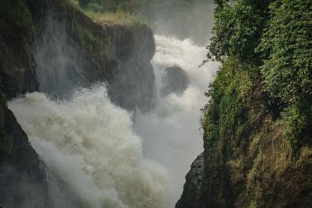 Murchison Falls extreme closeup in Uganda, view of main fall Imagens