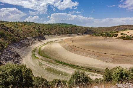 Dry reservoir 版權商用圖片
