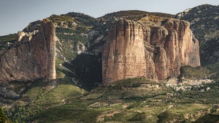Mazze, rocce e città di Riglos