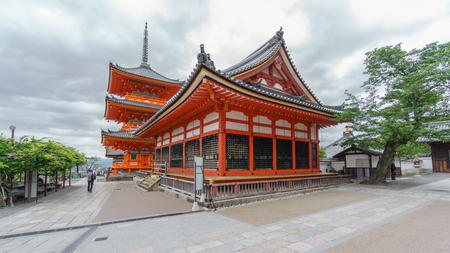Kiyomizu-Dera temple at sunset