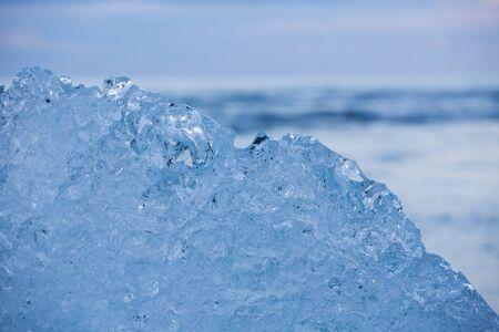 blue icebergs in the beach 免版税图像
