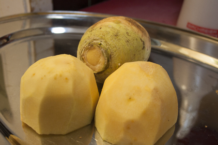 rutabaga: Turnips on a mirror plate