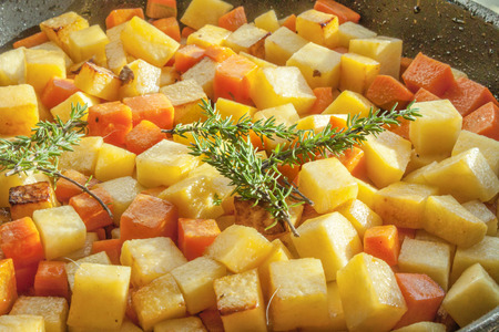 rutabaga: Green thyme on diced carrots and sweedes
