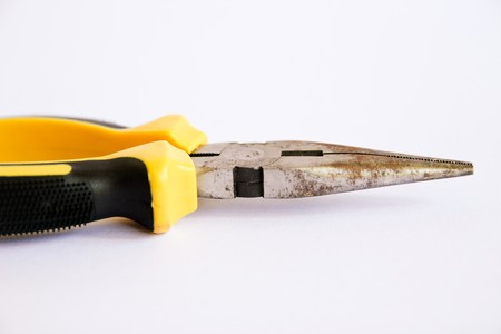 Tools that can be repaired by compression and pulling clamp. photo