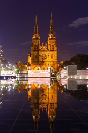 St Mary's Cathedral is the cathedral church of the Roman Catholic Archdiocese of Sydney Australia : 01/04/2018 스톡 콘텐츠 - 136765292