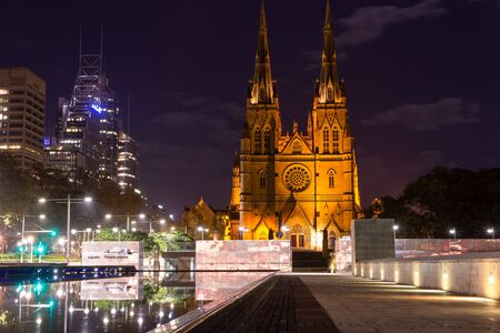 St Mary's Cathedral is the cathedral church of the Roman Catholic Archdiocese of Sydney Australia : 01/04/2018 스톡 콘텐츠 - 136765294