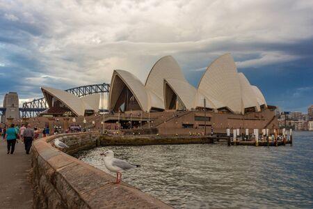 Sydney Opera House view from Botanic garden with Harbour Bridge in background. Australia : 02/04/18 스톡 콘텐츠 - 136765296