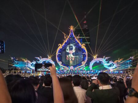 People celebrated Grand Opening ceremony ICONSIAM, Thailand:9112018 에디토리얼