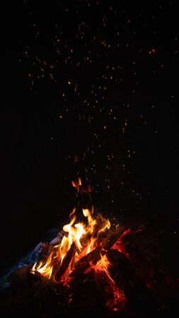 burning bonfire with flying sparks Foto de archivo