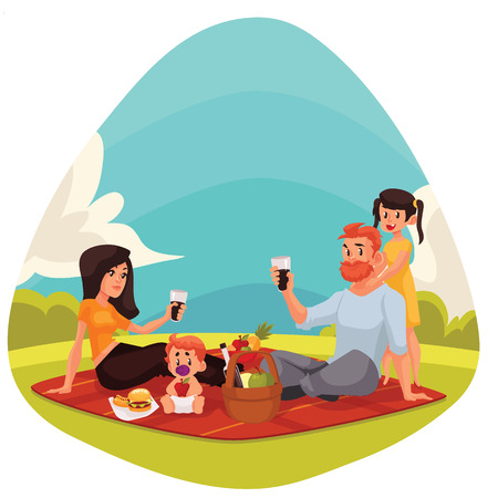 Glückliche Familie Landschaft Picknick Cartoon-Stil Illustration. Vater, Mutter, Tochter und Sohn mit Picknick im Freien zusammen essen und trinken Standard-Bild