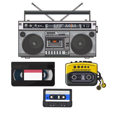 복고 스타일 오디오 카세트, 테이프 레코더, 음악 플레이어 및 90에서 비디오 테이프, 흰색 배경에 고립 된 그림을 스케치합니다. 손으로 그려진 세트의