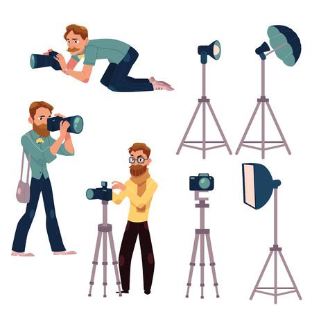 セット作業および機材 - カメラ、フラッシュ、ライト、反射板、三脚で写真家、白の背景にベクトル画像を漫画します。プロのカメラマンや写真装