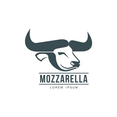 버팔로 모짜렐라 이탈리아 치즈 브랜드, 로고 디자인 아이콘 그림 실루엣. 발 정된 황소 머리 측면보기입니다. 모 짜 렐 라 비문와 그림입니다. 흰색 배