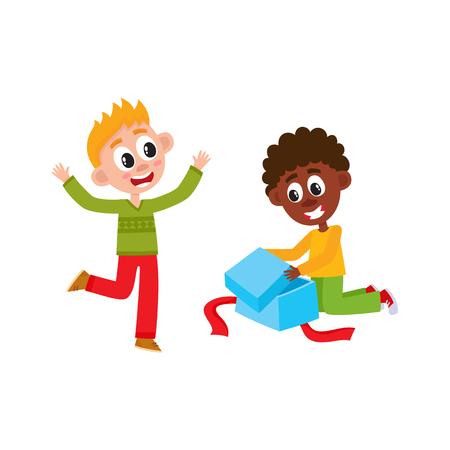 幸せな小さな男の子、黒人と白人、クリスマス、新年、誕生日プレゼント、ギフト、漫画ベクトルイラストを白い背景に隔離オープン。二人の子供