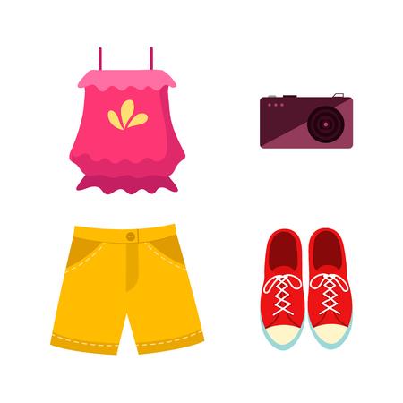 ベクトルフラット女性衣装アパレルアクセサリーセット。赤いスニーカー、モバイルフォトカメラ、黄色のショートパンツとピンクの面白いバック
