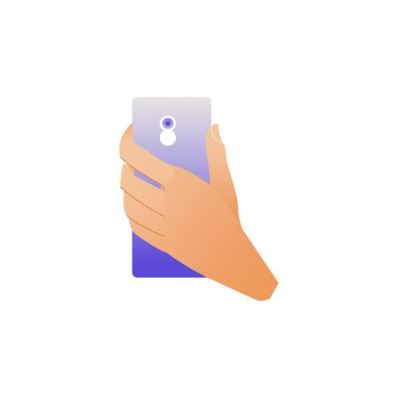 Mano que sostiene el teléfono inteligente con cámara en la parte posterior aislada sobre fondo blanco. Ilustración de vector de dibujos animados de muñeca haciendo foto con teléfono móvil degradado azul.