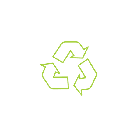 Recycle triangle outline eco icon with arrows in a flat style. Green recycling icon, sign and symbol, isolated vector illustration on white background. Imagens - 117445072