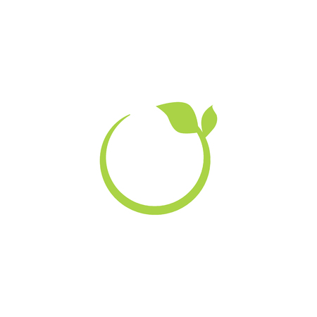Eco green recycling circle icon. Green  with leaves, isolated vector illustration on white background.  イラスト・ベクター素材
