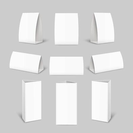 Set di mockup di brochure in carta per tende - raccolta di modelli di pubblicità in bianco realistici dalla vista frontale e laterale isolata su sfondo grigio, illustrazione vettoriale