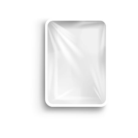 Food plastic tray white container with cellophane cover, realistic vector mockup illustration isolated on white background. Layout for packaging brand label design. Foto de archivo - 137968694
