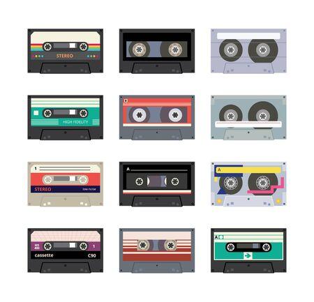 Ensemble de bande d'enregistreur stéréo sonore ou de cassette de musique analogique rétro des années 80 à 90 ans, icônes colorées, illustration vectorielle plane isolée sur fond blanc. Vecteurs