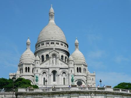 coeur: La Basilique du Sacre Coeur in Paris France.