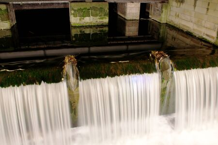 Cascade weir, barrage of the leash in Hanover Imagens