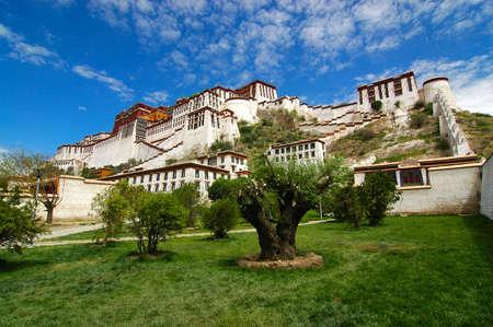 potala: Potala Palace in Lhasa, Tibet