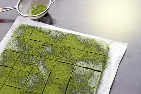 chocolate green tea making mix with matcha powder Stockfoto