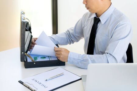 Business man agreement to sign for contract for new home buy or rent Stock Photo - 124948201